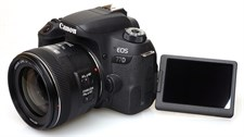 Canon 77D with 18-55mm Lens